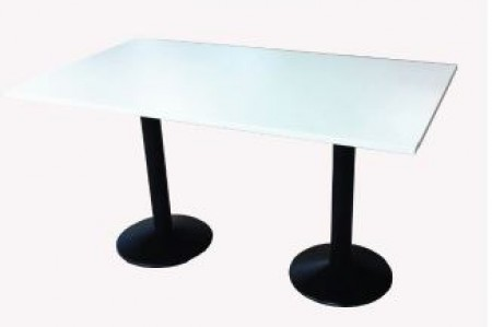 Table 140 x 90 avec piétement en fonte
